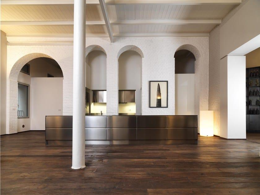 Linear steel kitchen PALAZZO SEGRETI by ABIMIS
