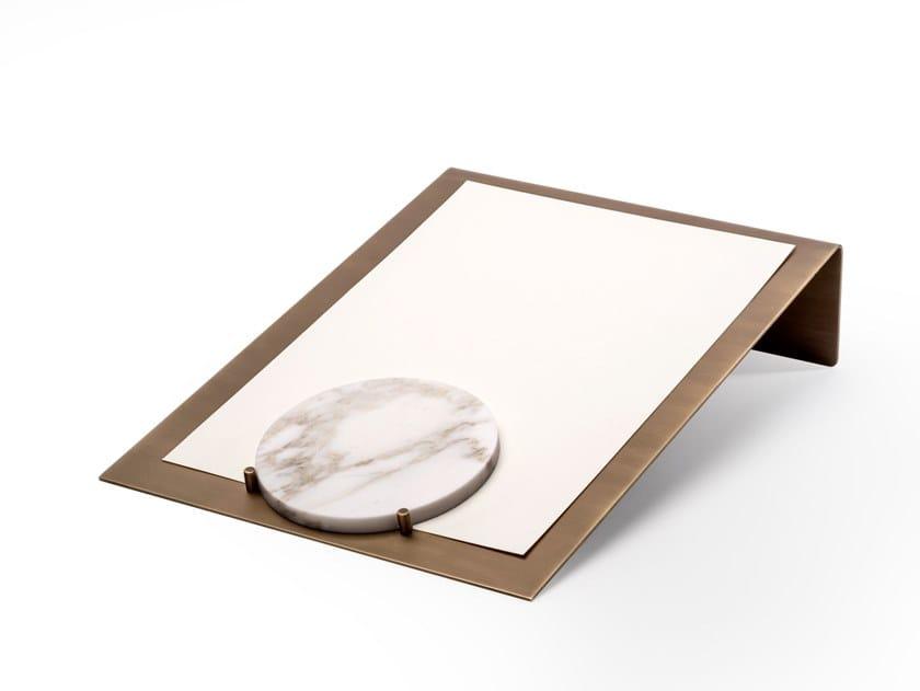 Vaschetta portadocumenti in ottone BALANCING | Porta Documenti by Salvatori