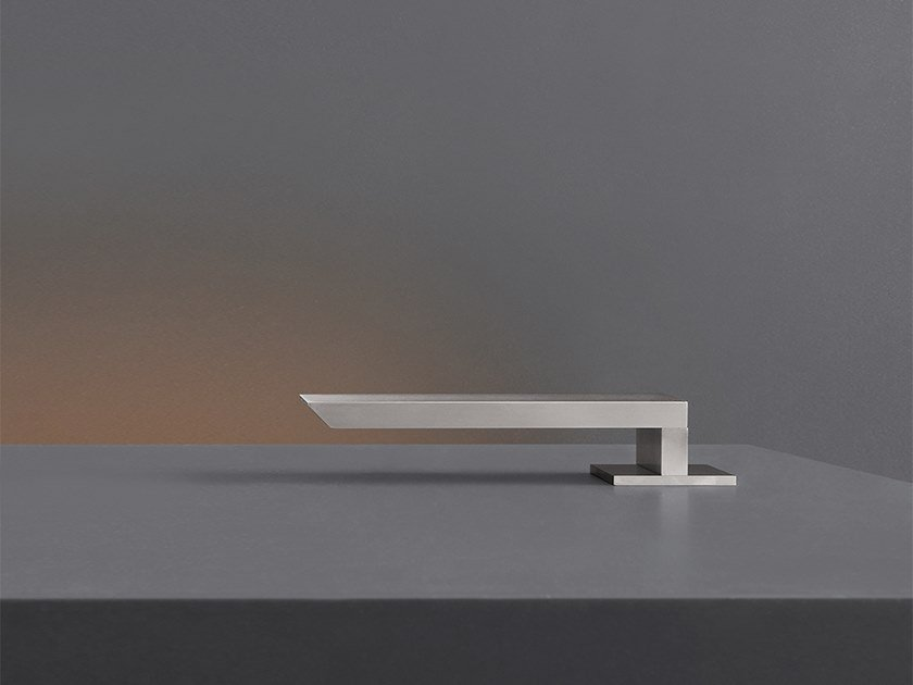 Deck-mounted spout BAR 55 by Ceadesign