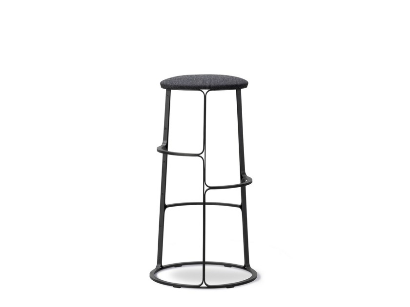 Lacquered iron barstool with footrest BARBRY | Barstool by FREDERICIA FURNITURE