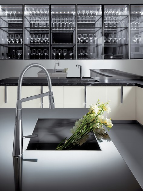 Kitchen BARRIQUE | Glass Kitchen By ERNESTOMEDA