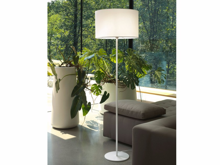 LED floor lamp BASIC by Olev