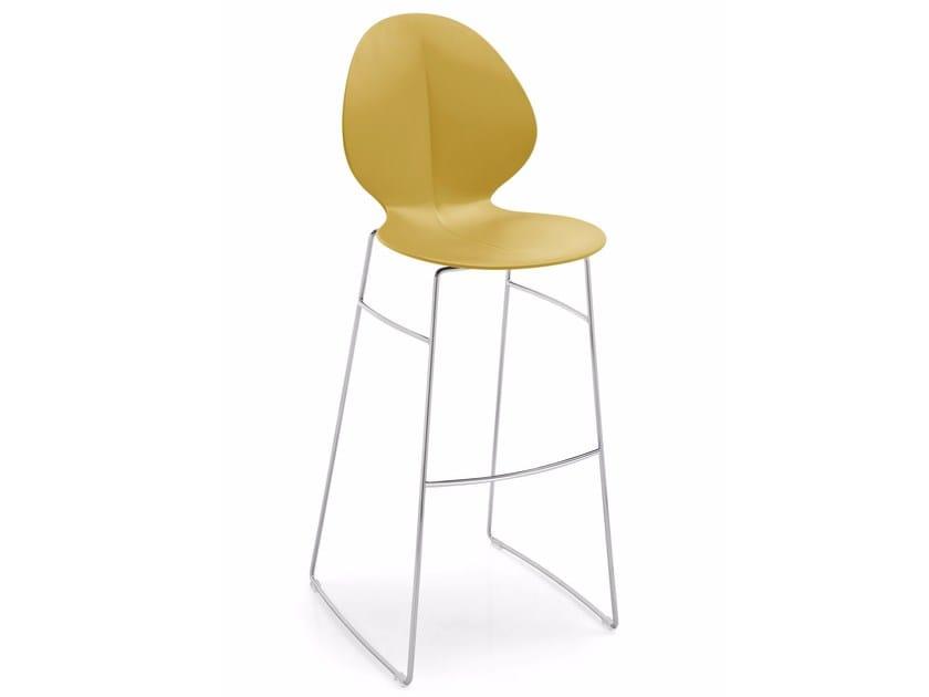 BASIL | Sedia a slitta By Calligaris design MrSmith® Studio