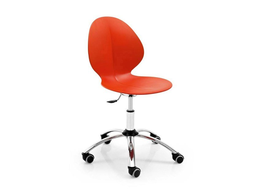 Task chair with 5-Spoke base with casters BASIL | Task chair by Calligaris