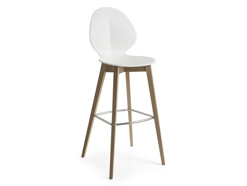Chair with footrest BASIL W by Calligaris