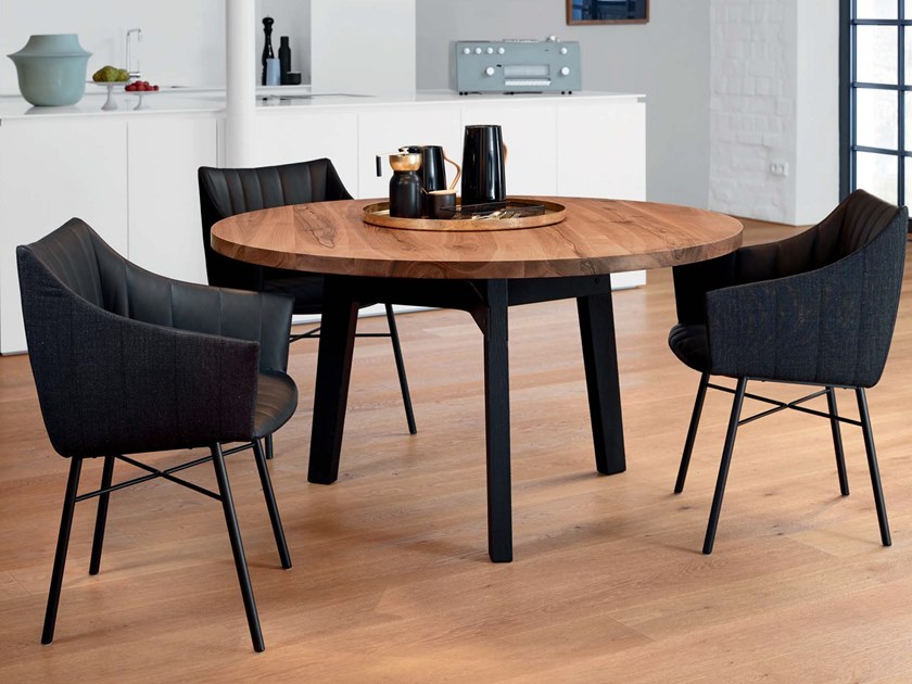 Round solid wood dining table BB31 CONNECT   Round table by JANUA