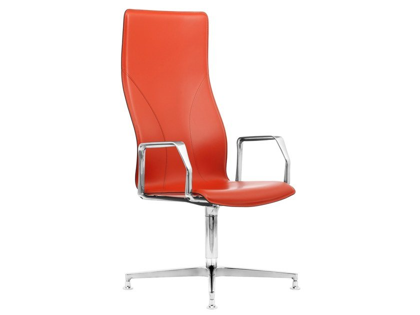 High-back Cuoietto leather executive chair with 4-spoke base BB641.6 | Executive chair by Kleos