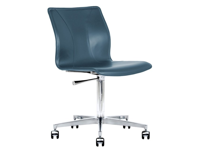 Cuoietto leather office chair with 5-Spoke base with castors BB641.19 | Office chair by Kleos