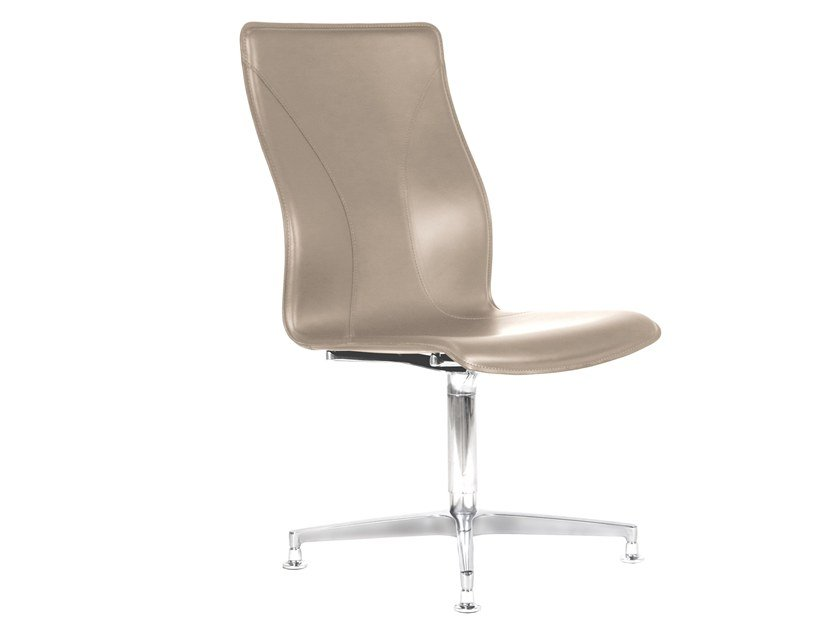 Cuoietto leather training chair with 4-spoke base BB641.2 | Chair by Kleos