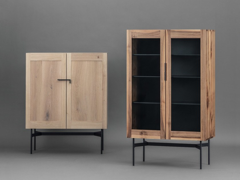 Display cabinet BC04 by Janua
