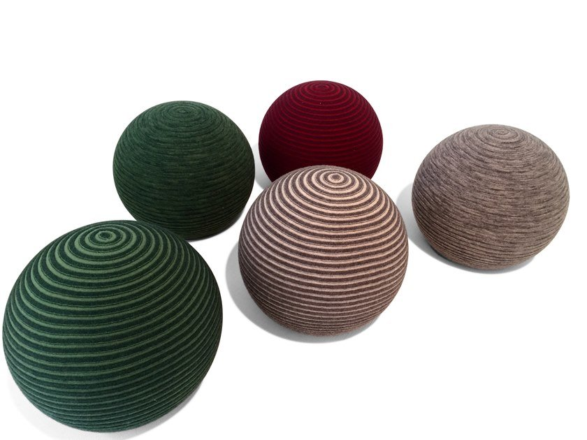 Upholstered round fabric pouf BEANIE by Montis