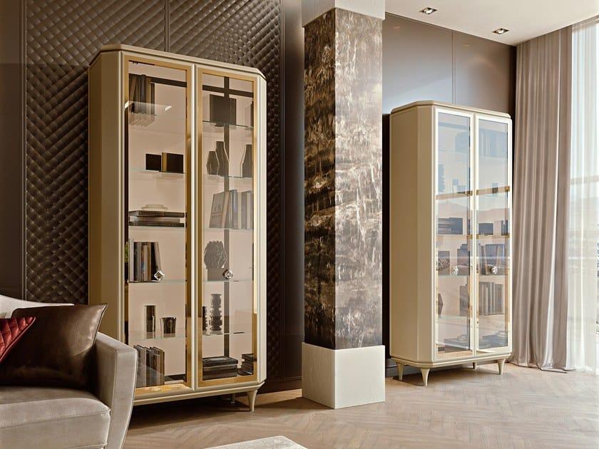 BELLAGIO HOME   Vitrina By SCIC diseño Enrico Cattaneo, Anna Cattaneo
