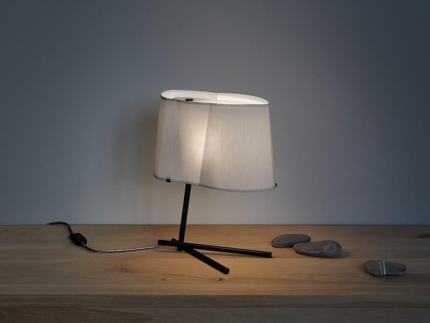 Table lamp BENT BIRD by filumen