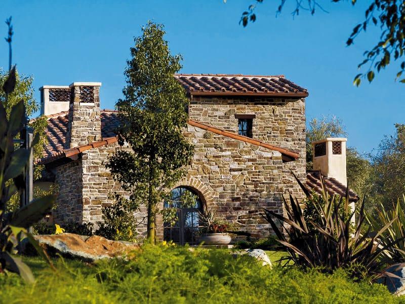 Rivestimento di facciata in pietra ricostruita TOSCANO P72 by GEOPIETRA®