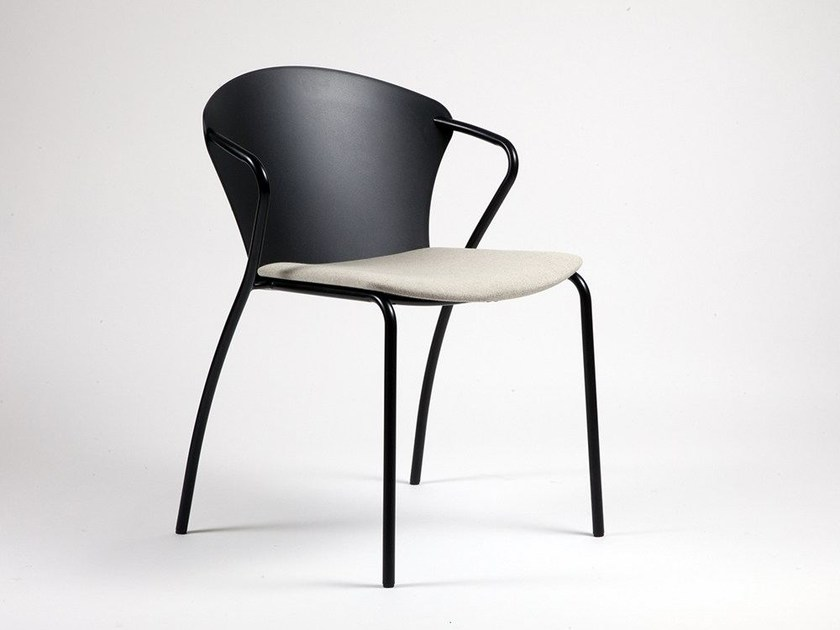 Lacquered chair with armrests BESSI by Onecollection