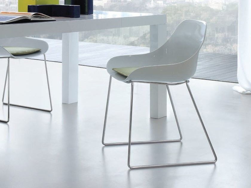 Sled base HiREK® chair BIBA by JESSE