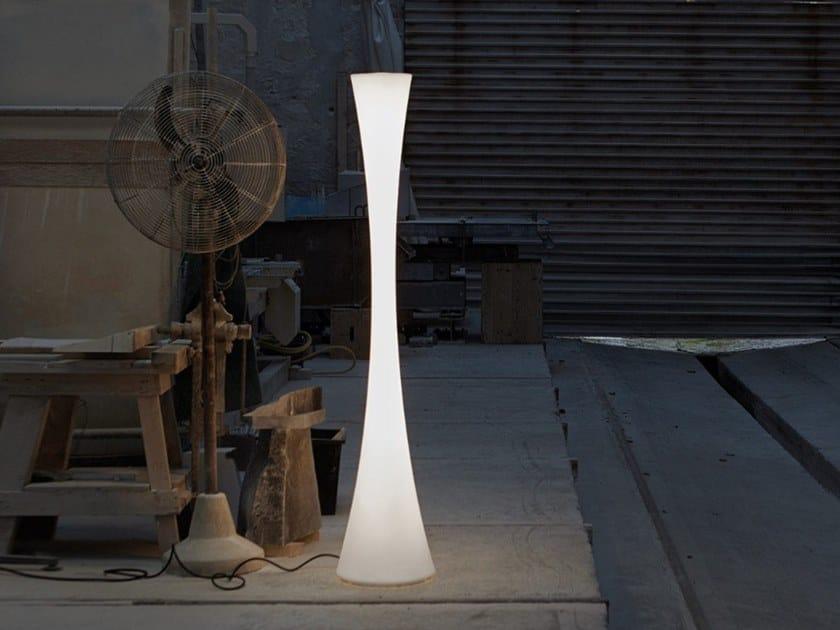 Lampada da terra in polietilene con dimmer BICONICA POL by Martinelli Luce