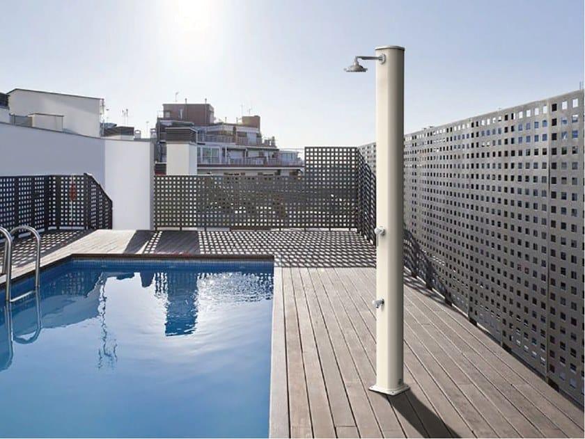 Solar aluminium outdoor shower BIG JOLLY by ARKEMA DESIGN