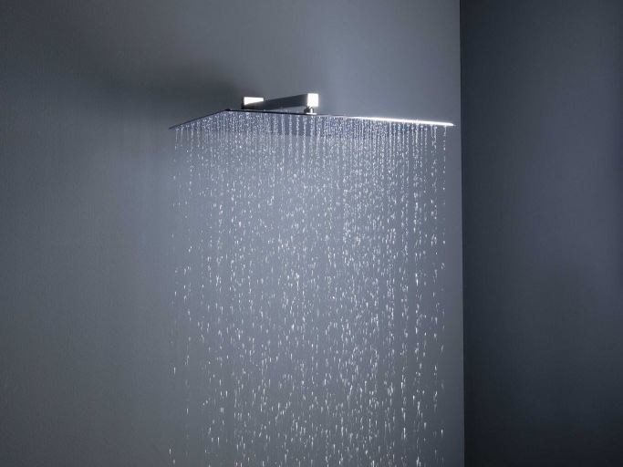 Wall-mounted brass overhead shower with arm with anti-lime system BIG RAIN | Wall-mounted overhead shower by tender rain