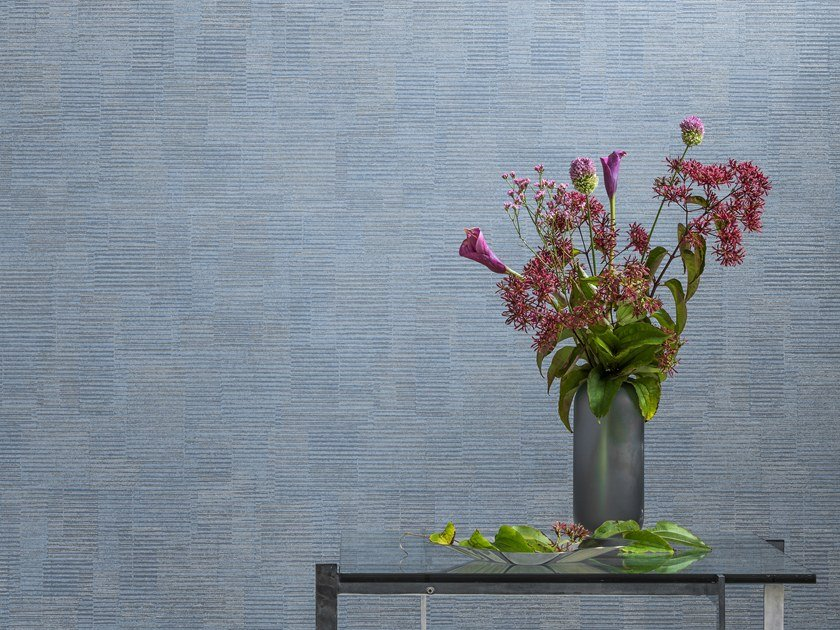 Washable nonwoven wallpaper BIJOU IRISDESCENT STRIPE by Omexco