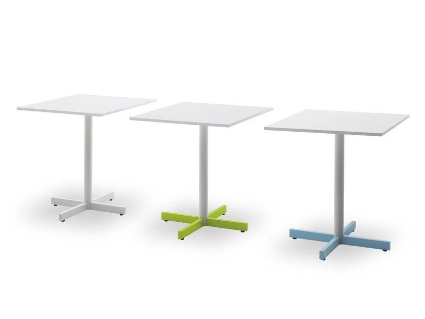 Square contract table with 4-star base BISTROT | Contract table by Pointhouse