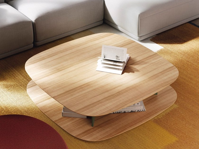 Square wooden coffee table BITA by TREKU