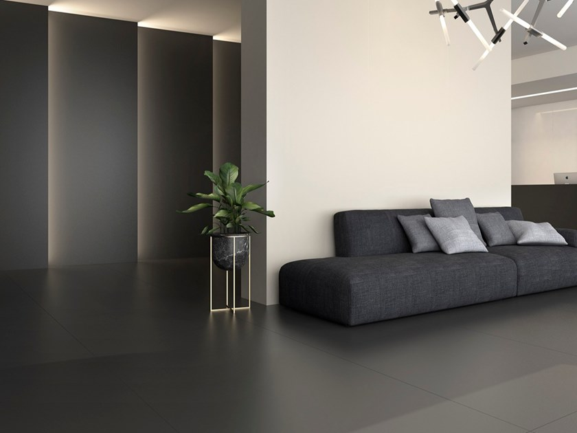 Pavimento/rivestimento in ceramica sinterizzata per interni BLACK by Arklam