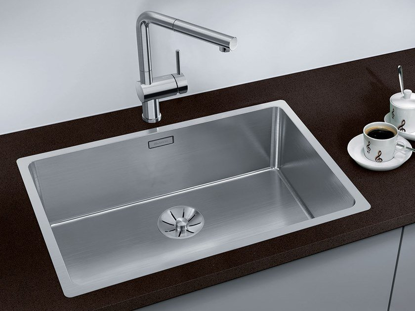 Single stainless steel sink BLANCO ANDANO 700-IF by Blanco