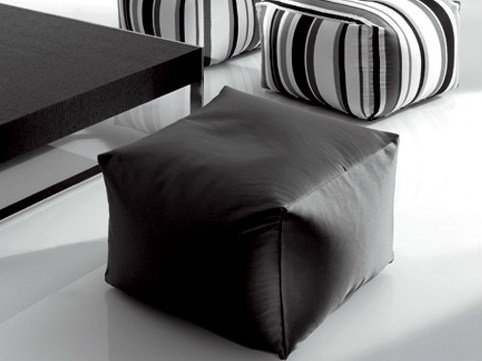 Upholstered pouf BLANCO | Pouf by Marac