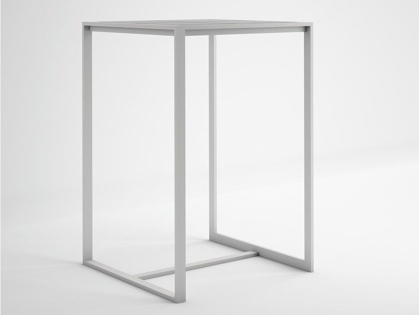 Square thermo lacquered aluminium high table BLAU | High table by GANDIABLASCO