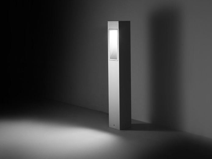 LED bollard light for Public Areas BLINKER | Bollard light by SIMES