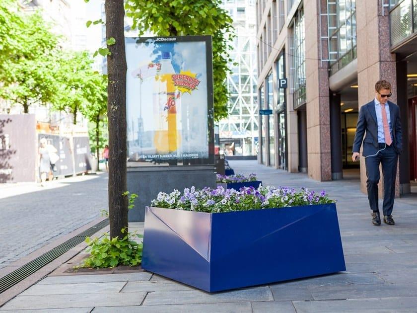 BLOC PLANTER | Fioriera per spazi pubblici