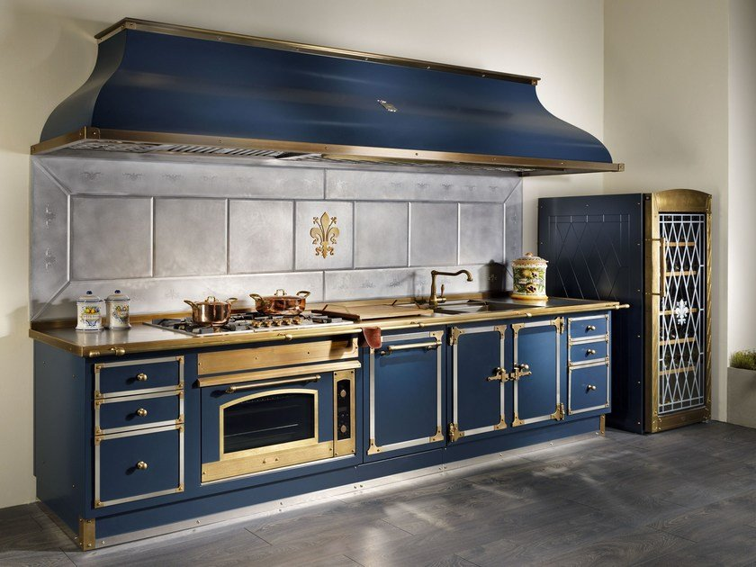 linear metal kitchen deep blue by officine gullo. Black Bedroom Furniture Sets. Home Design Ideas