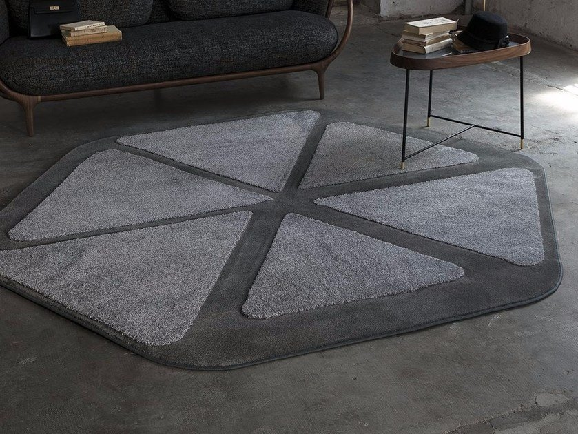 Contemporary style handmade synthetic fibre rug with geometric shapes BLUME by Besana Moquette