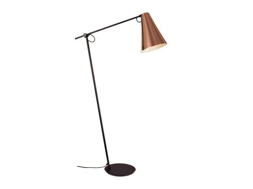 Adjustable floor lamp BOA | Floor lamp by Aromas del Campo