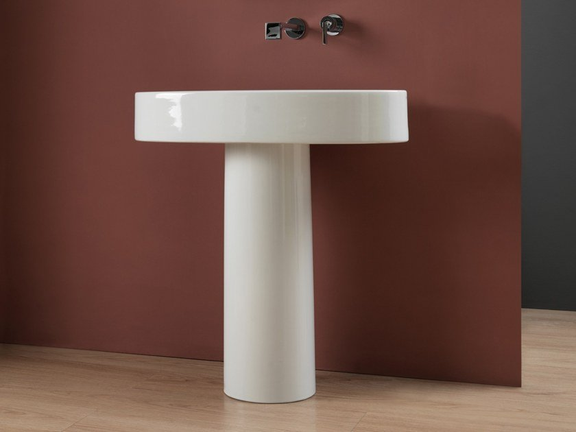 Ceramic washbasin pedestal BOING | Washbasin pedestal by GSG Ceramic Design
