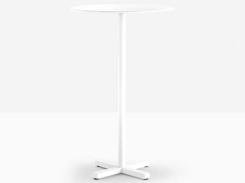 Square high table with 4-star base BOLD 4754 by Pedrali