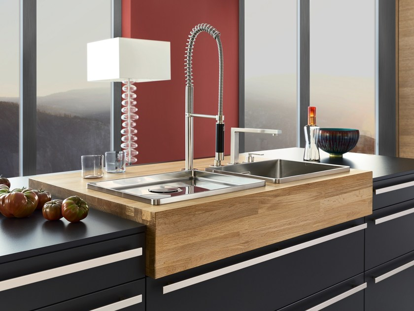 Kitchen with island BONDI By LEICHT