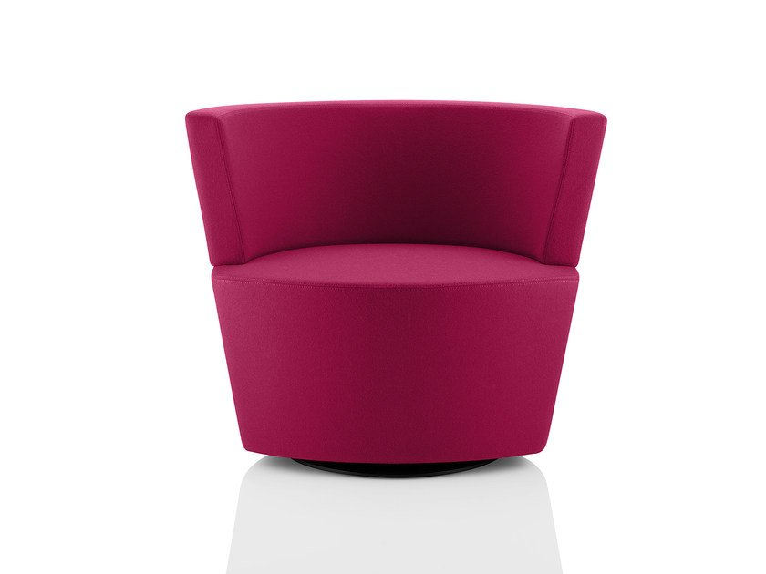 Upholstered easy chair with armrests PEEK & BOO | Easy chair with armrests by Boss Design