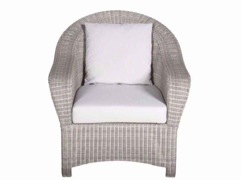 Armchair with armrests BORNEO | Armchair by Tectona