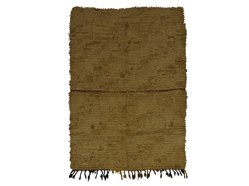 Long pile solid-color rectangular wool rug BOUCHEROUITE TAA1026BE by AFOLKI
