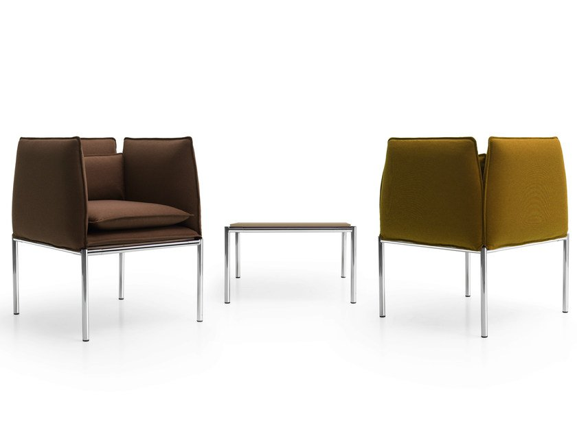 Leather guest chair with armrests BOX | Armchair by Quinti Sedute