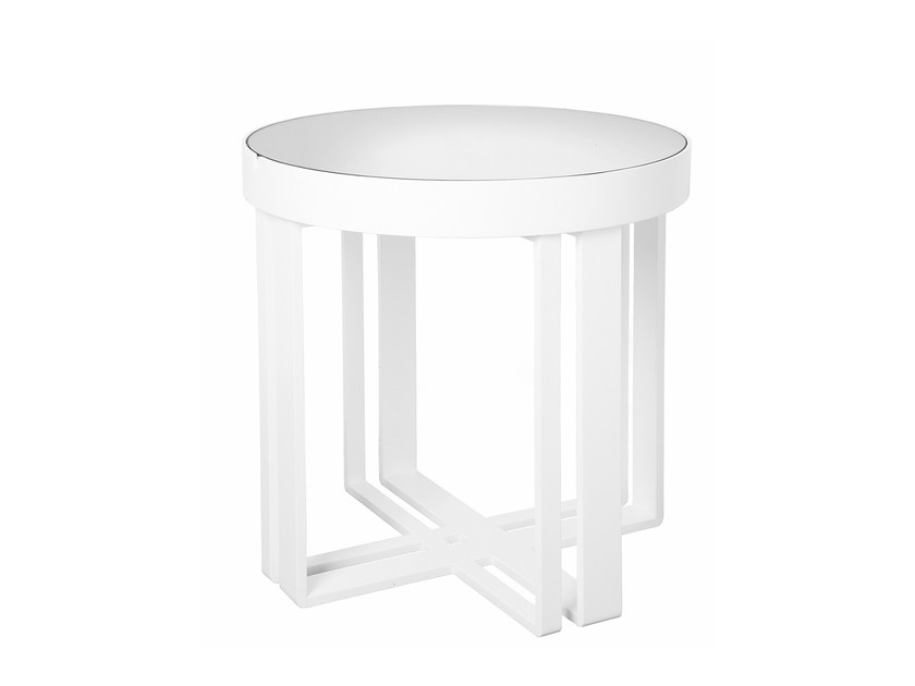 Round side table BOX | Side table by Branco sobre Branco