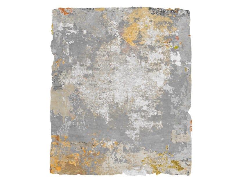 Handmade rug BRAGE DIAMOND DUST SILVER EDIT by HENZEL STUDIO