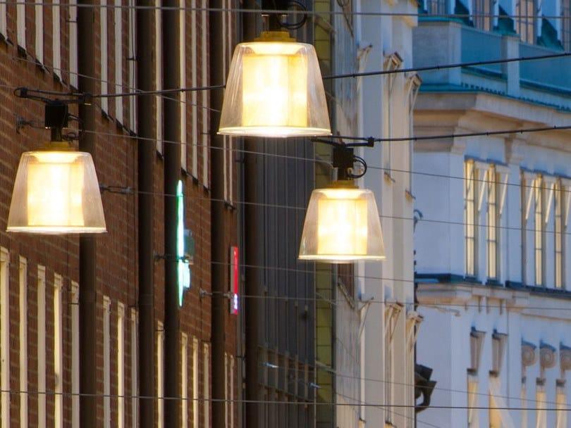 Lampada a sospensione per esterno a LED su cavi in metallo BRASS   Lampada a sospensione per esterno by Zero