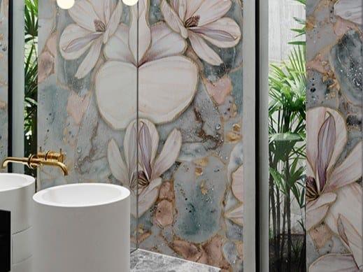 Carta da parati impermeabile lavabile con motivi floreali BRILLANTE by Wall&decò
