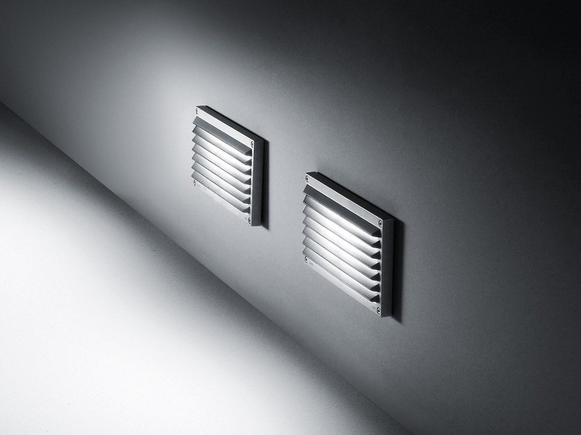Segnapasso a parete in alluminio pressofuso BRIQUE | Segnapasso a parete by SIMES