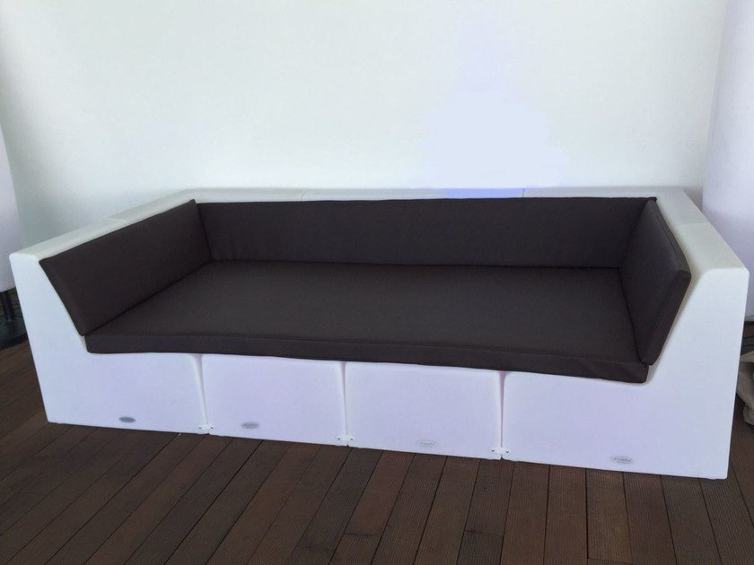 Modular polyethylene sofa BRISA CHILLOUT LOUNGE by Lamalva