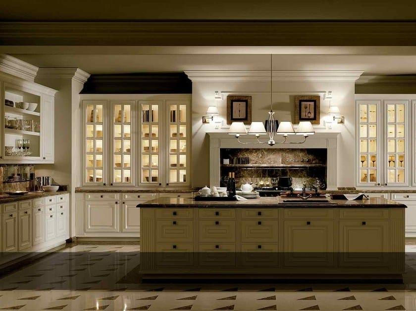 Kitchen with island BRITANIA BLANCO VIEJO by Doca