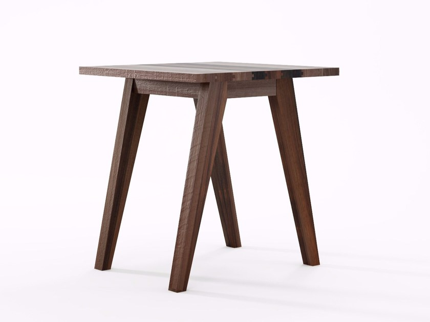 Square reclaimed wood table BROOKLYN   Square table by KARPENTER
